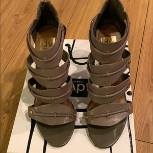 Dolce Vita Taupe Leather heels